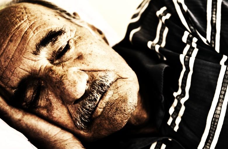 Quando a russare sono le persone anziane